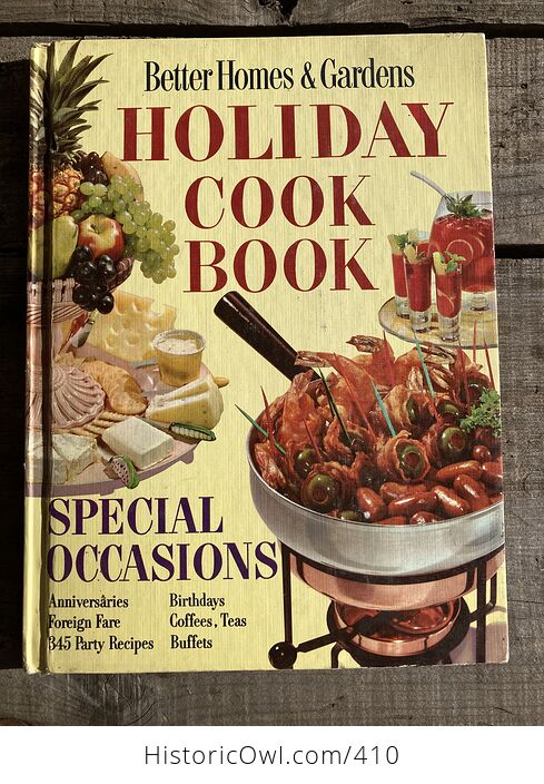 Better Homes and Gardens Holiday Cook Book C1967 - #2f3kZ0E3mNI-1