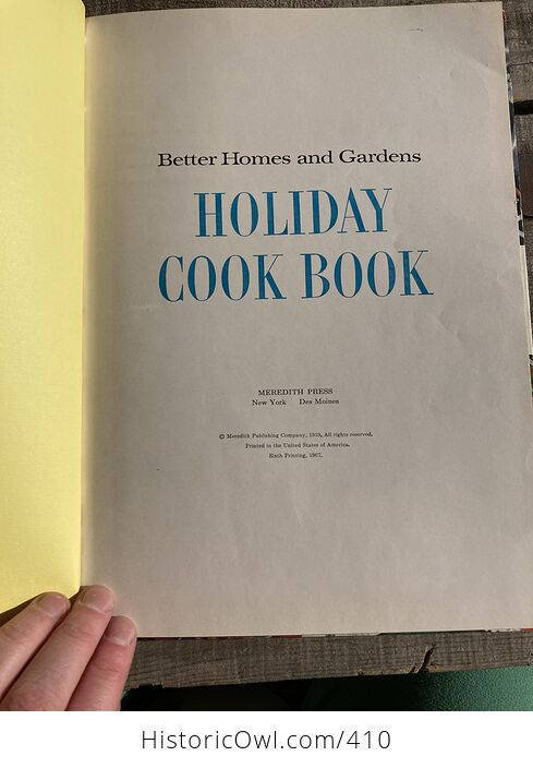 Better Homes and Gardens Holiday Cook Book C1967 - #2f3kZ0E3mNI-3