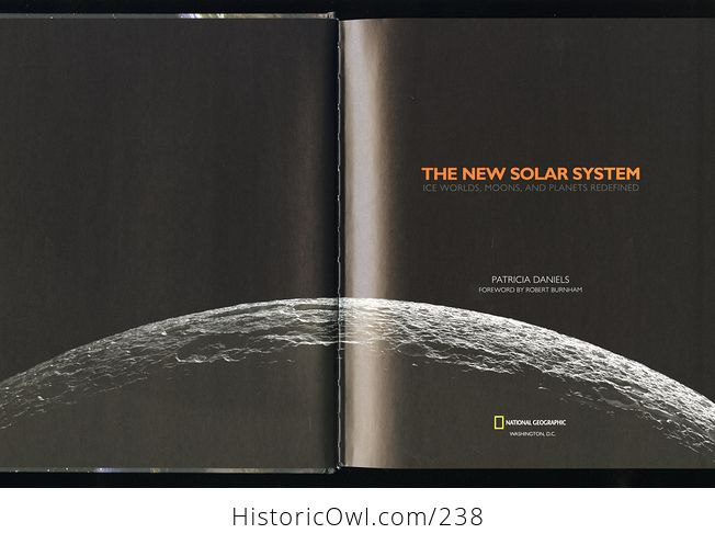 The New Solar System Ice Worlds Moons and Planets Redefined Book by Patricia Daniels C2010 - #pHvvKHogIKU-3